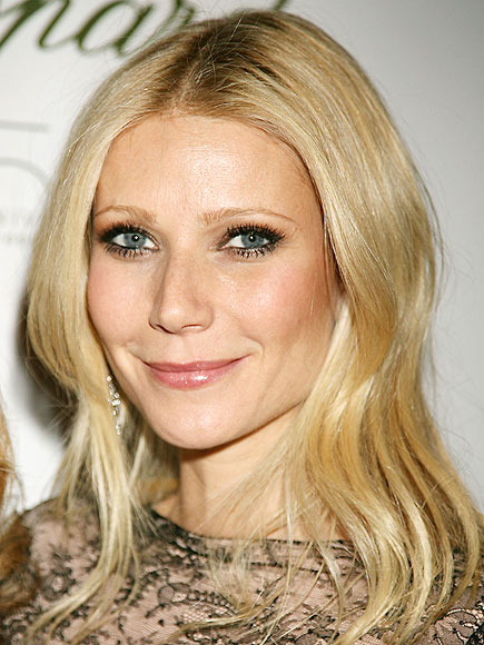 Gwyneth Paltrow - Holiday Inspiration